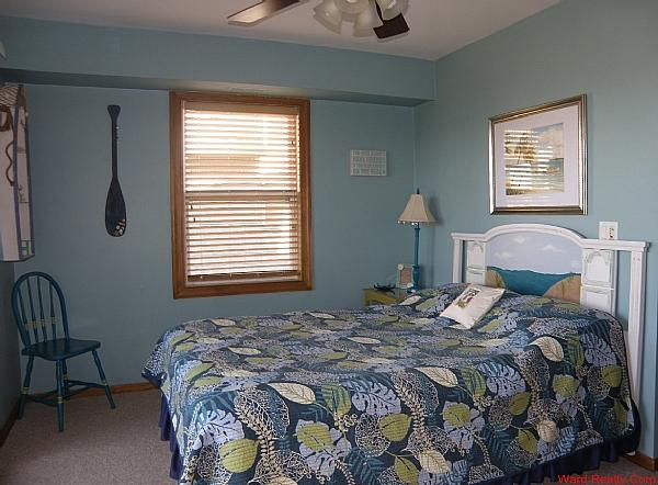 1st Floor Queen Bedroom - Surf and Sound - United States - rentals