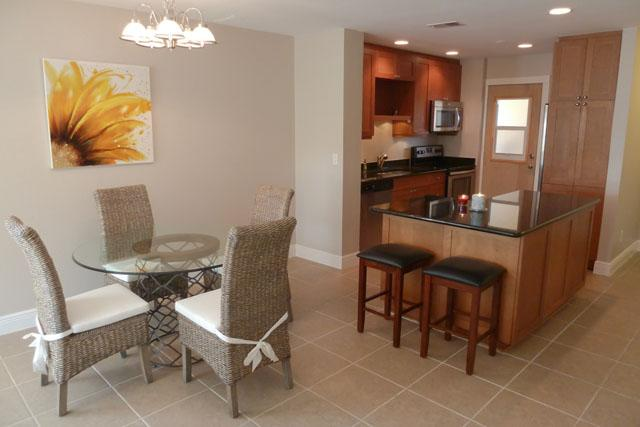 glass dining table and granit kitchen - remodeled Condo Bella with river view - Cape Coral - rentals