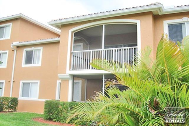 Nicely redone first floor condo in fun Napoli. 90 day minimum - Image 1 - Naples - rentals