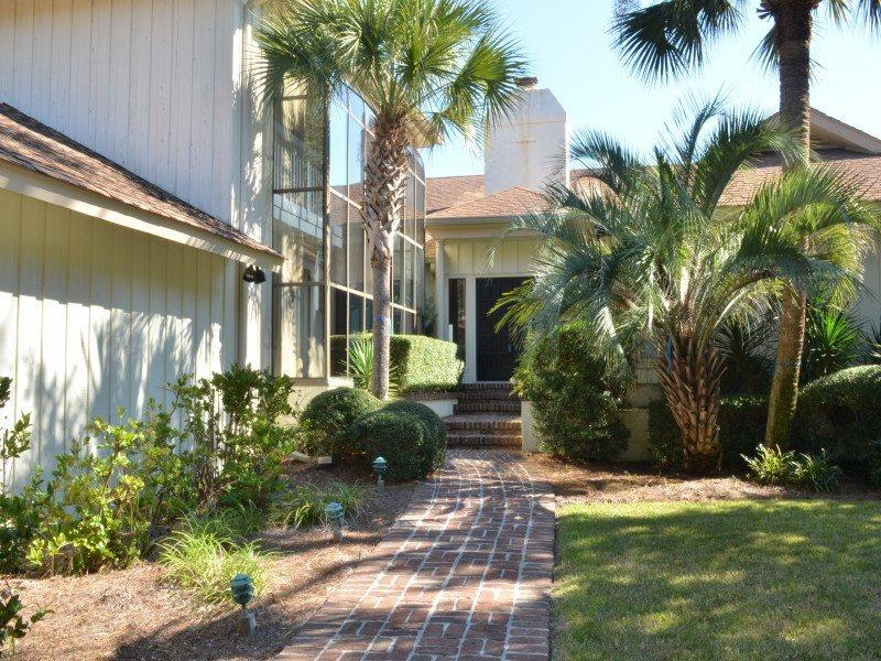 10 Long Boat - Front Walkway - 10 Long Boat - Hilton Head - rentals