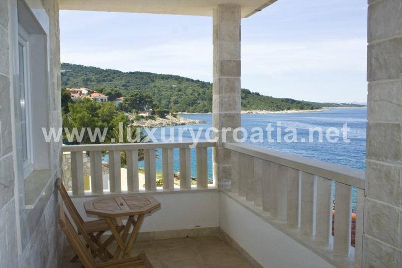 Seafront house for Rent, island of Solta - Image 1 - Stomorska - rentals