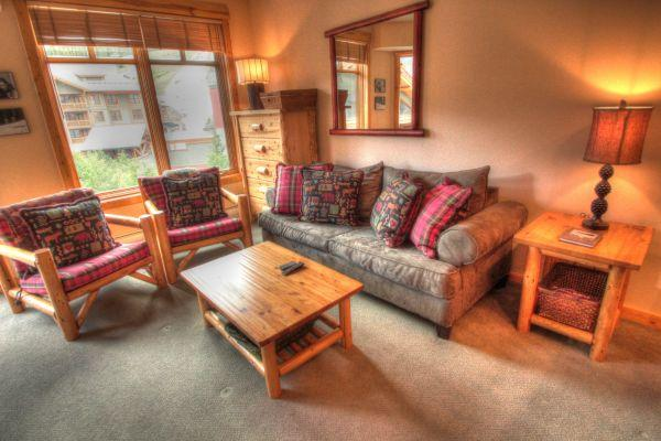 TM407 Tucker Mtn Lodge 2BR 2BA - Center Village - Image 1 - Copper Mountain - rentals
