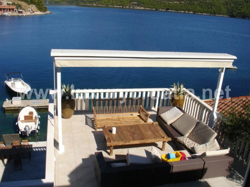 HOLIDAY VILLA ON THE SEAFRONT NEAR DUBROVNIK - Image 1 - Trstenik - rentals