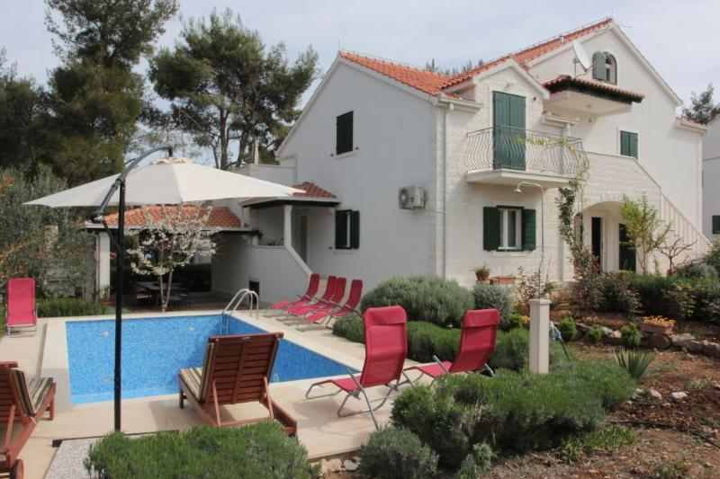 HOLIDAY VILLA WITH POOL BRAC ISLAND - Image 1 - Supetar - rentals