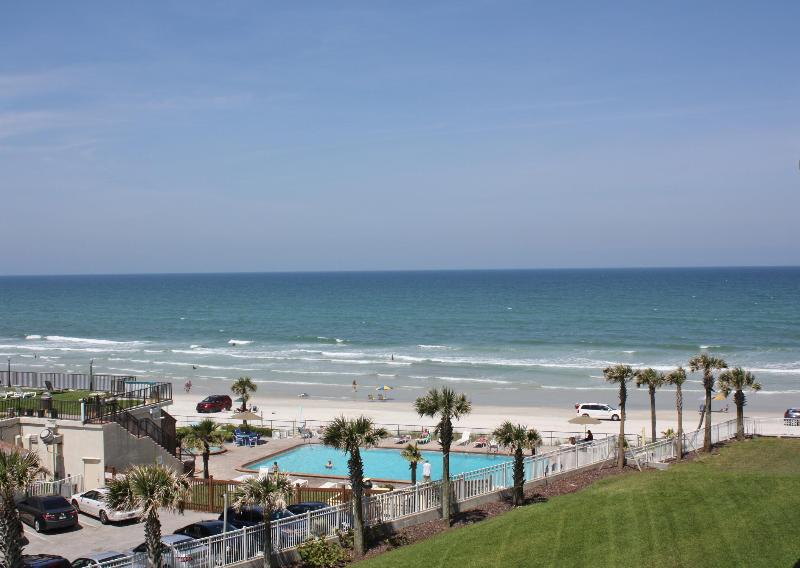 Balcony View - Ocean Front Condo at the Luxurious Ocean Vistas. - Daytona Beach Shores - rentals