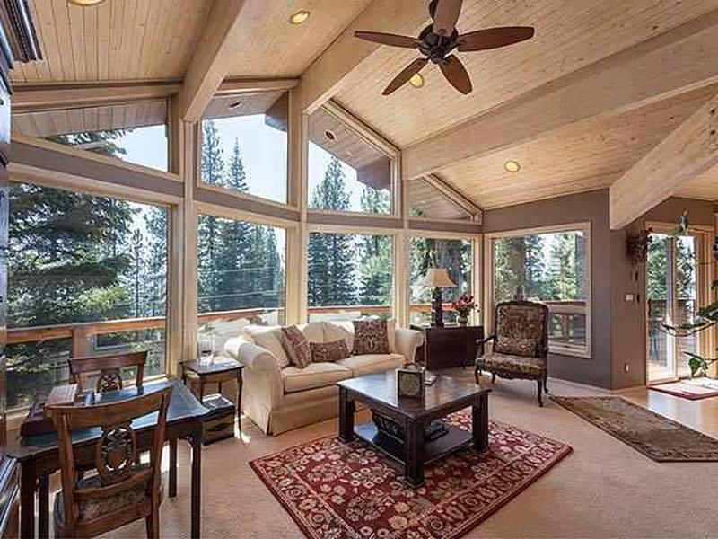 Tahoe Donner Home Walking Distance To Trout Creek - Image 1 - Truckee - rentals