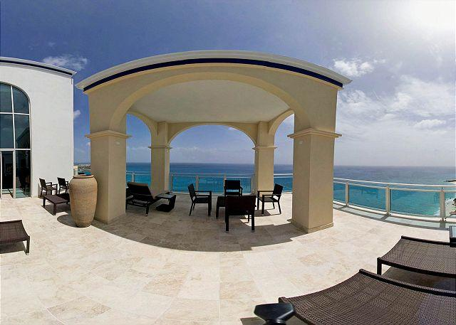Penthouse terrace with panoramic views of Caribbean - The Cliff at Cupecoy Beach PE - Cupecoy - rentals