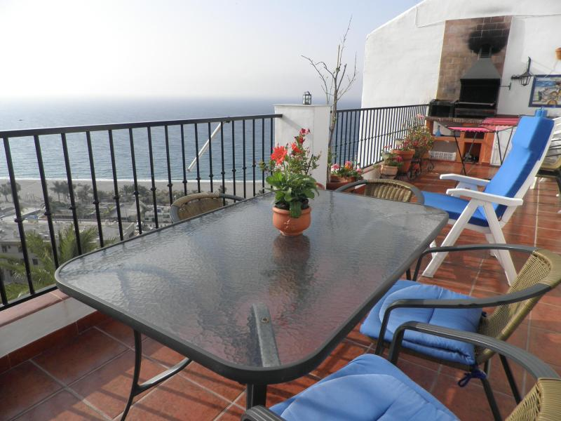 "Terrace ,dining area and BBQ - ""El ranchito""NerjaMarvellous sea sights over Burriana beach.Free WIFI.last moment offers! - Nerja - rentals"