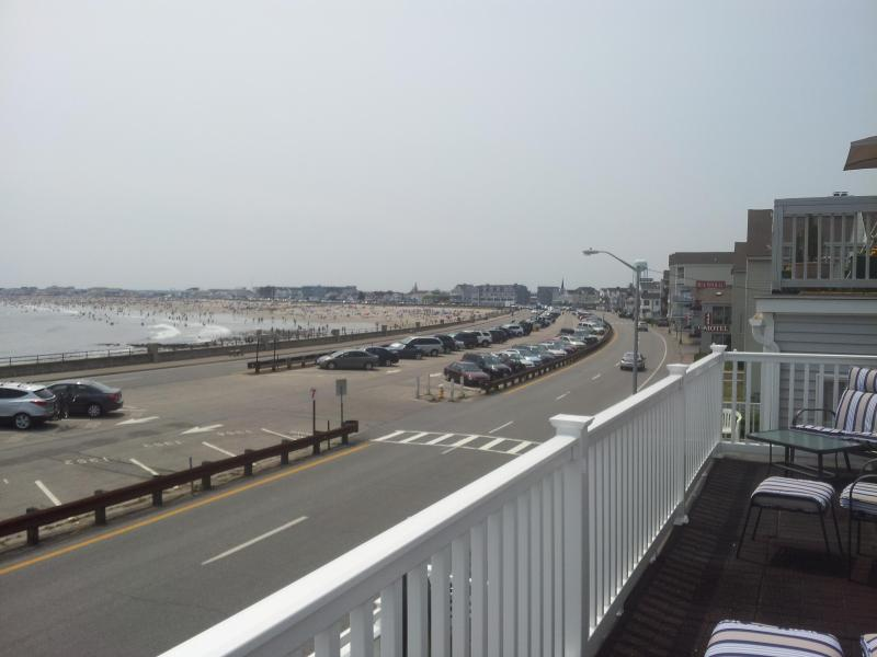 View south from front porch - 3 Bedroom Oceanfront Apartment at Hampton Beach NH - Hampton - rentals