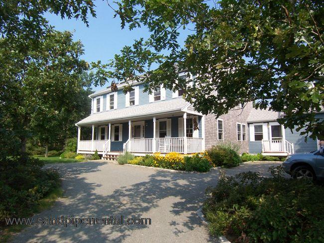 #7716 Spacious Colonial w/ in-ground pool & playroom - Image 1 - Edgartown - rentals