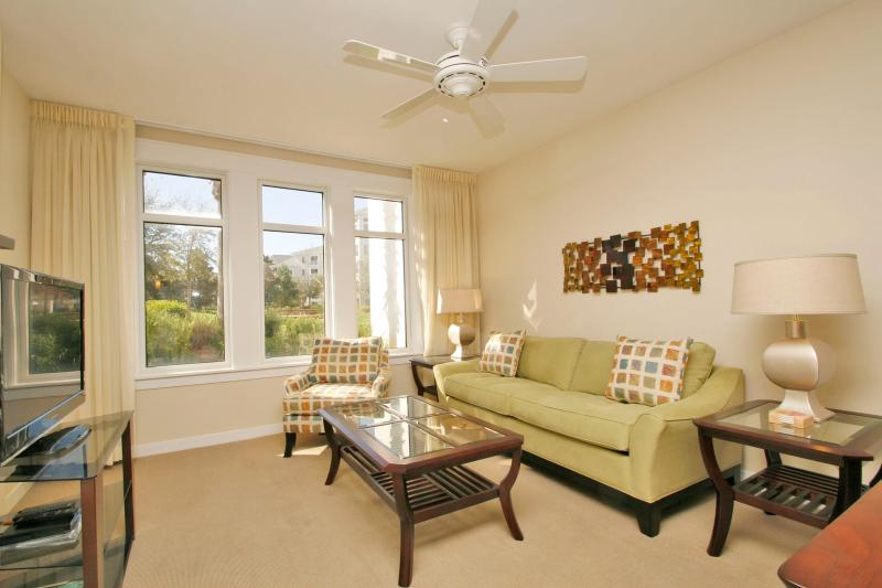 1Br at Baytowne Wharf Sandestin Resort - Golf Cart Included - Image 1 - Miramar Beach - rentals