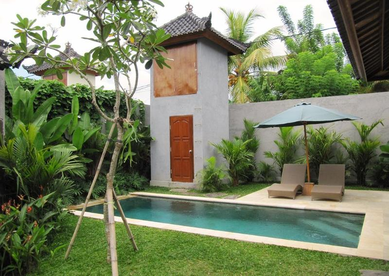 View from Entrance - Villa Jepun - Peaceful 2bedroom AC Villa in Ubud - Ubud - rentals