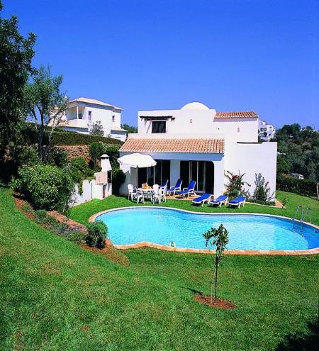 charming 4bdr villa just 2km from Albufeira center - Image 1 - Albufeira - rentals
