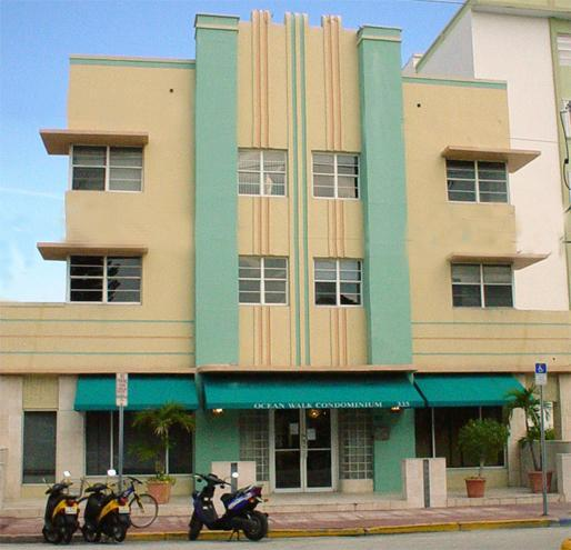 Front of the building - Affordable Ocean Drive Studio*On Beach w/ Pool - Miami Beach - rentals
