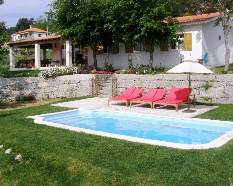 Comfortable 3bdr country house, large views around - Image 1 - Paredes de Coura - rentals