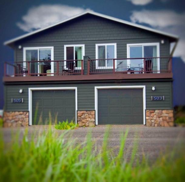 The Royal Chinook  - Modern Ocean View Home Only Steps to the Beach! - Yachats - rentals