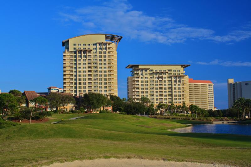 Luau - GORGEOUS 1 BEDROOM AT LUAU WITH COASTLINE VIEWS - Miramar Beach - rentals
