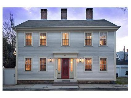 1810 Colonial by the Sea - A+ Colonial by the Sea: Historic Downtown Newport - Newport - rentals