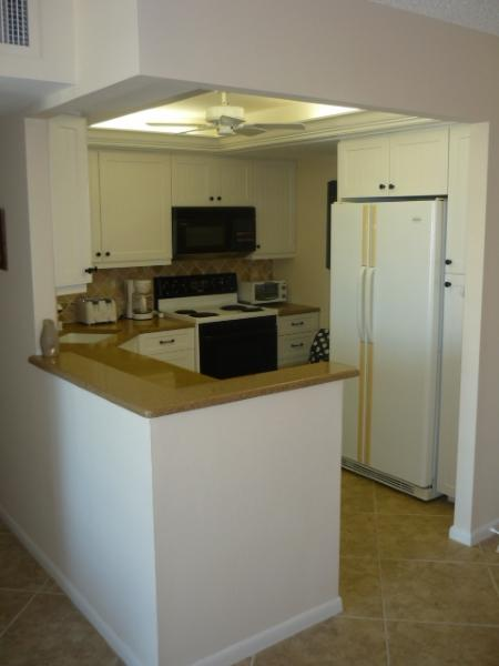Recently update kitchen area - South Seas 2-1710 - Marco Island - rentals