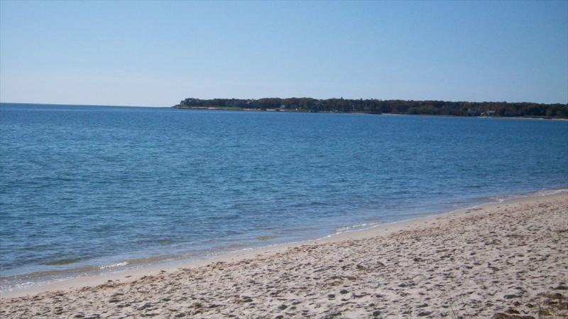 On Nantucket Sound with private white sandy beach at your door step - 283 Long Beach Rd - Centerville - rentals