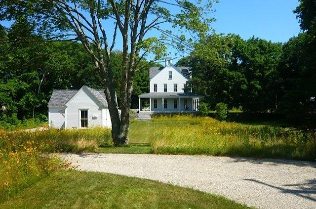 This wonderful getaway  is sited on .83 acres surrounded by fields of wild flowers & rolling lawns - 113 Pond St - Osterville - rentals