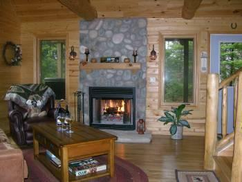 Moose Lodge on Cranberry Lake*Gorgeous Home, secluded, dogs ok, wifi, log beds! - Image 1 - Munising - rentals