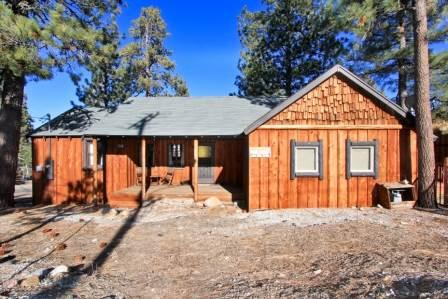 Cabin at the Corner #1327 - Image 1 - Big Bear Lake - rentals