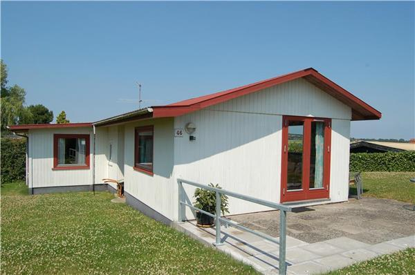 Holiday house for 5 persons near the beach in North-eastern Funen - Image 1 - Munkebo - rentals