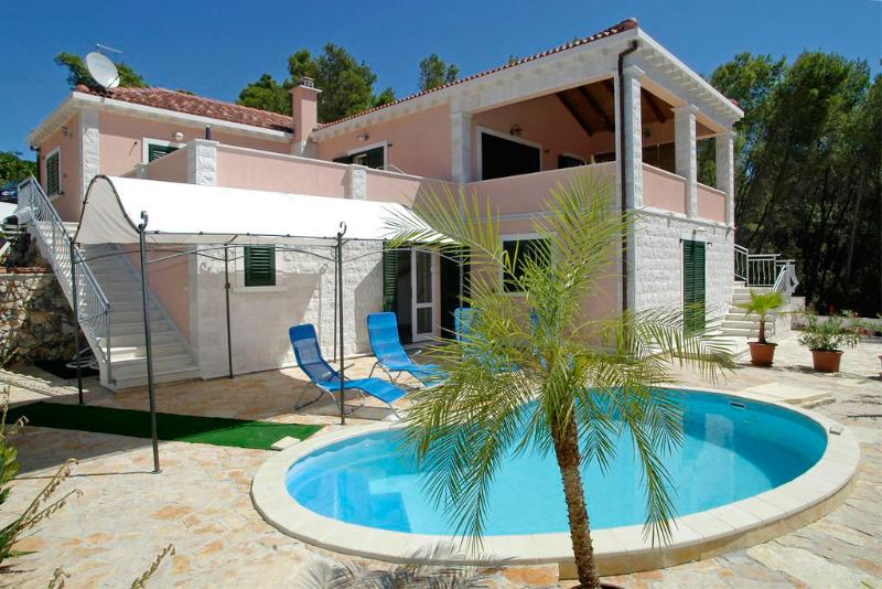 SEA FRONT VILLA FOR RENT, KORCULA - Image 1 - Vela Luka - rentals