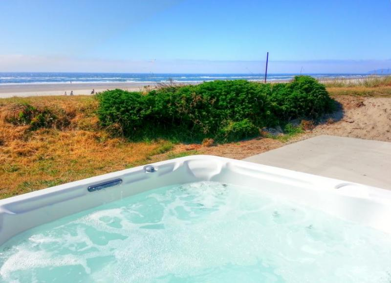 Bali Hai - Where Ocean Meets the Sky - Image 1 - Rockaway Beach - rentals