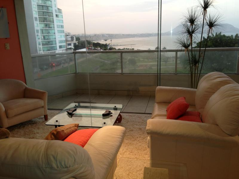 View from living roomm area - 4 bedroorm ocean view luxury furnished/equipped apt. with fantastic view of the Lima bay - Lima - rentals