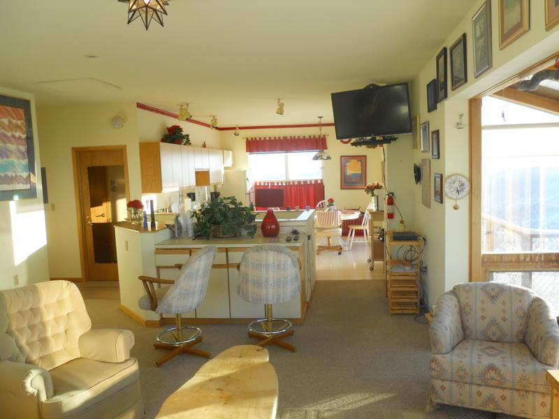 Kitchen from living room - Cleary Summit Condo - Fox - rentals