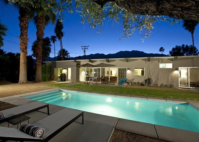 Private pool - Little Beverly Hills ~ SPECIAL Take 15% off any 5nt stay in September! - Palm Springs - rentals