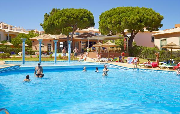 Modern T1 Albufeira Complex 4* near Oura and Strip - Image 1 - Albufeira - rentals