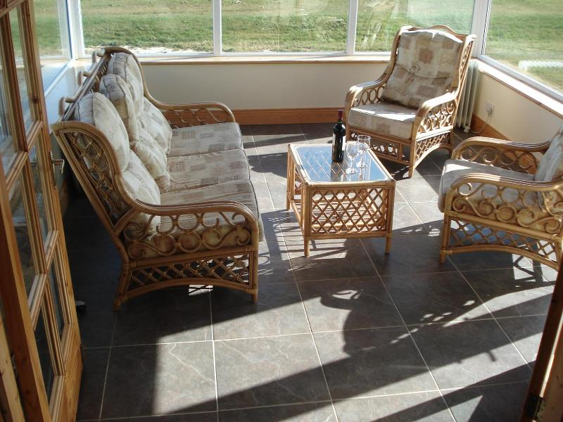 Relax in the beautiful sunroom - Rosslare, Co. Wexford  Ireland golf, beach on site - Rosslare - rentals
