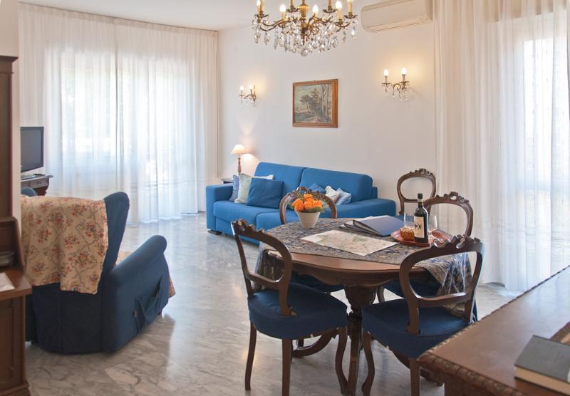 BlueClassicHome apt in San Peters and Vatican area - Image 1 - Rome - rentals