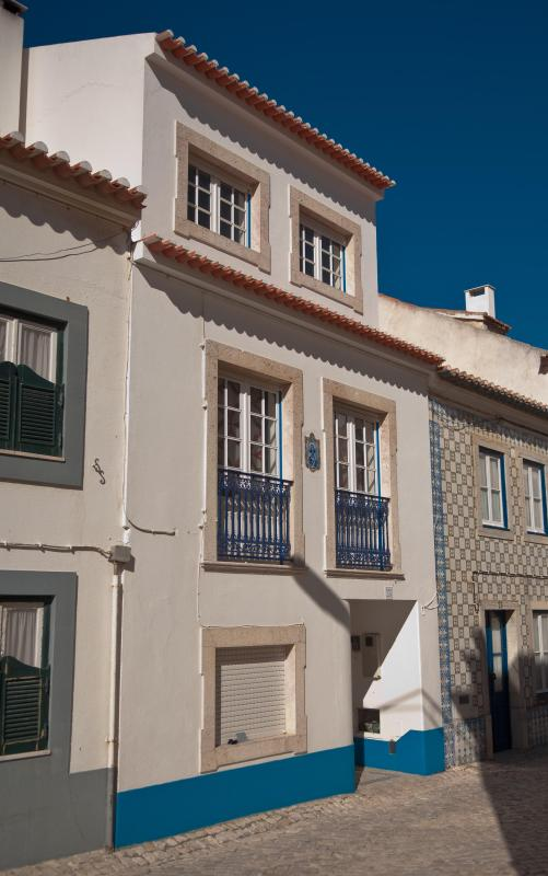 House Front - House in Ericeira historical centre.JULY SALE - Ericeira - rentals