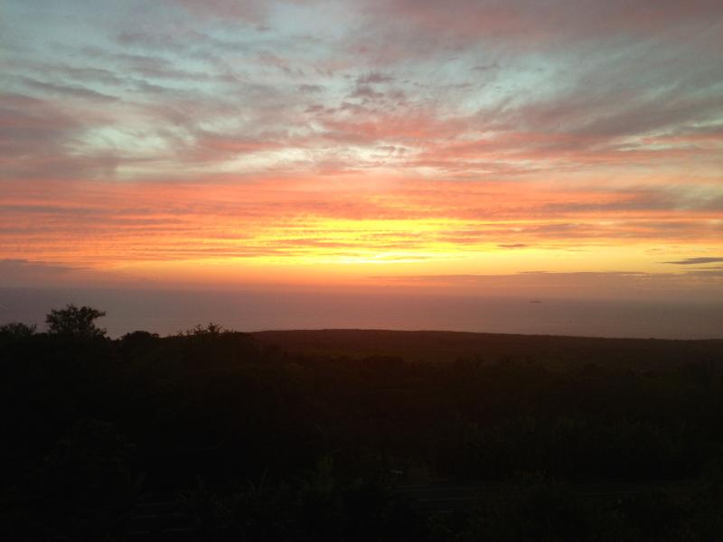 Hawaii is known for its sunsets and rainbows - Place in Paradise - Big Island Hawaii - rentals