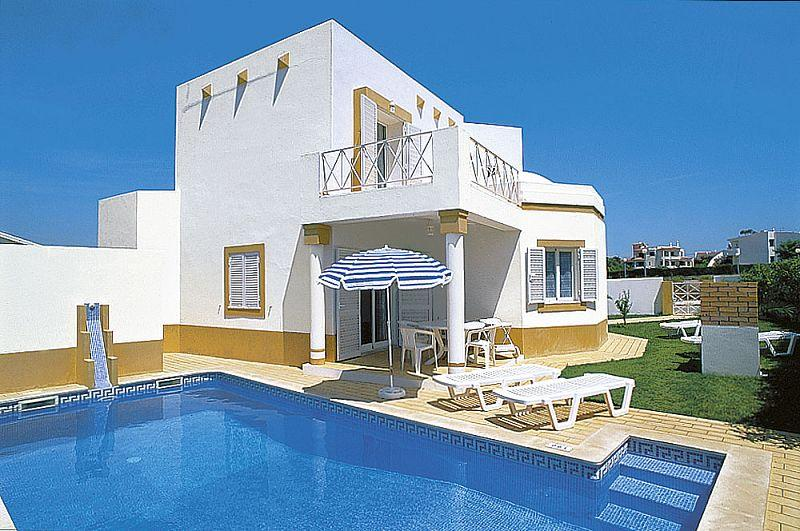 Lovely 3bdr villa w/ AC at Sesmarias quiet area - Image 1 - Albufeira - rentals