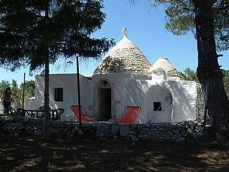 Trullo Giardino - Traditional Trullo Ideal for Couples & Honeymoons - Ceglie Messapica - rentals