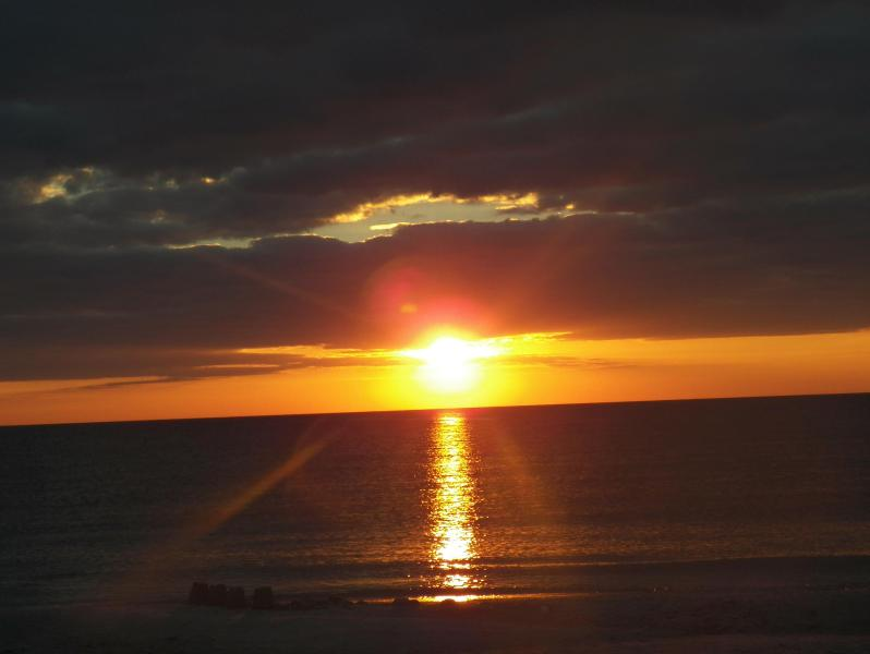 Beautiful Sunsets from your home - Serendipity - Anna Maria - rentals