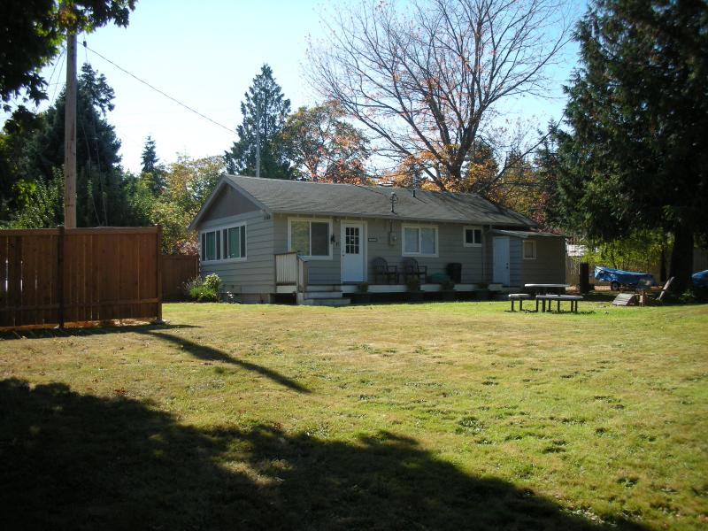 Whidbey Island --Cabin in Holmes Harbor - Image 1 - Freeland - rentals