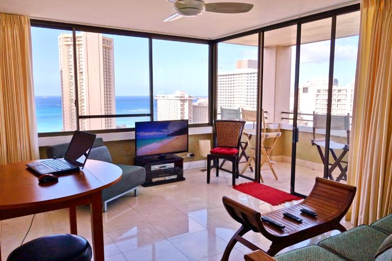 40 inch HDTV, the windows and the view make it look smaller than it is. - LuxOceanViewHiRise/Waikiki - Waikiki - rentals