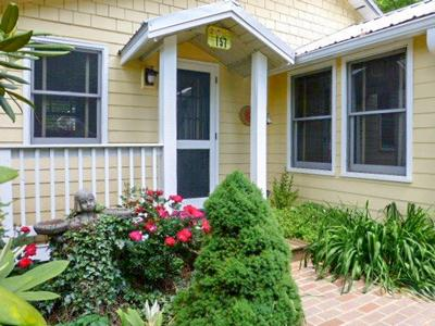 Charming Cottage Style Home - Roosa's Nest - Franklin - rentals