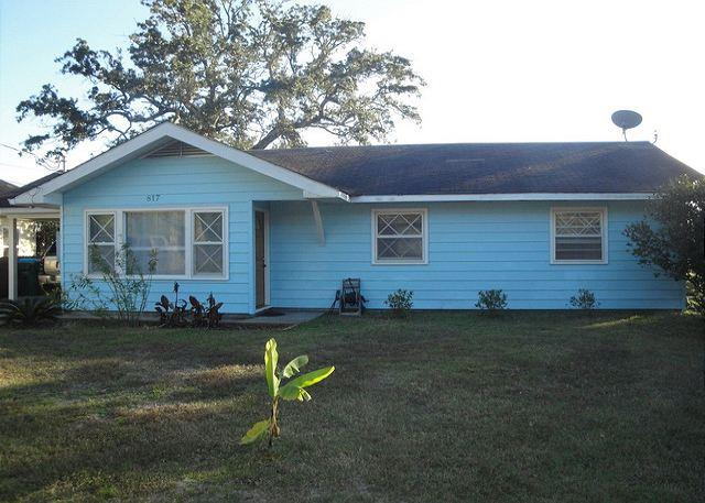 Fabulous 3-Br / 1 Ba Beach Cottage - Image 1 - Long Beach - rentals