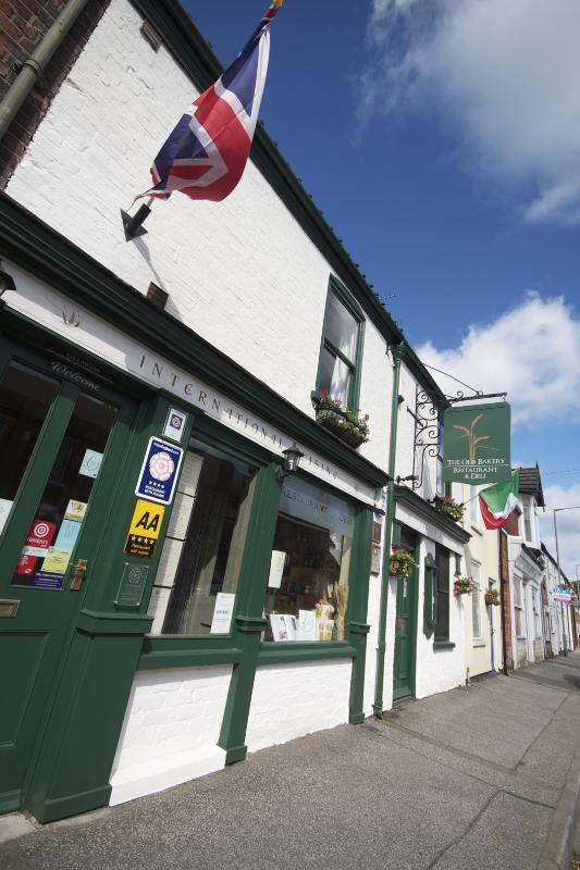 Front  - The Old Bakery Restaurant with Rooms - Lincoln - rentals