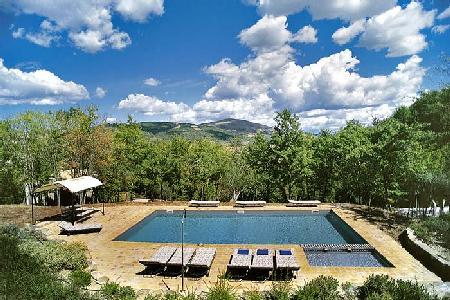 Family friendly Cataccio on a private 280 acre estate with pool & shared tennis court - Image 1 - Perugia - rentals