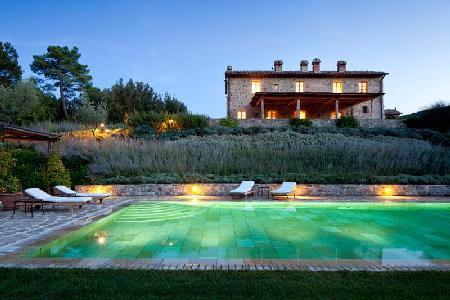 Romantic Villa Alba offers a fireplace, swimming pool and housekeeping - Image 1 - Montalcino - rentals