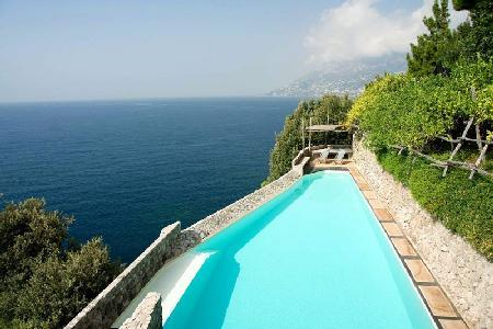 Villa Luisa - Quiet, renovated villa outside of Maiori with saltwater infinity pool - Image 1 - Maiori - rentals
