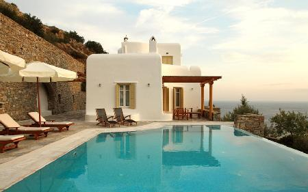 Perched above the bay, Ilios offers sublime sea views, modern décor & infinity pool - Image 1 - Tourlos - rentals